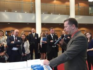 Markus Klemen präsentiert SBA Research